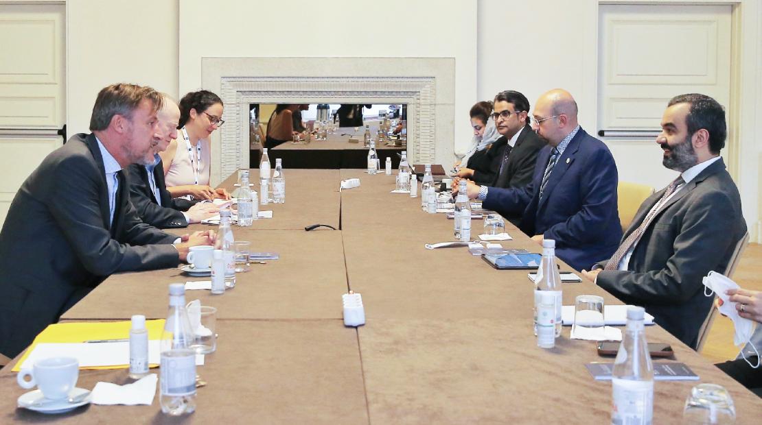 السواحه يلتقي مسؤولي اليونسكو ومنظمة التعاون الاقتصادي والتنمية